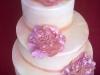 16-svatebn-dort-s-modelovanmi-rovmi-remi