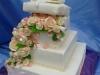 3-svatebn-dort-s-ruzemi